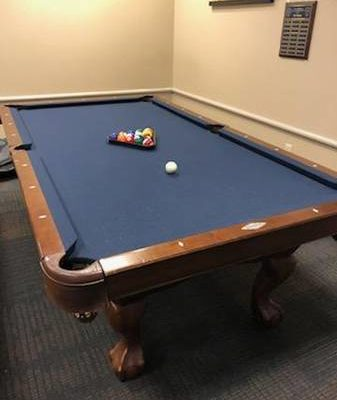 Brunswick Contender Series Pool Table